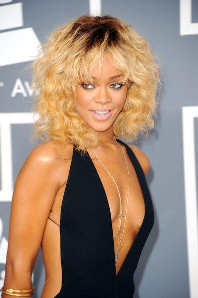 Rihanna spotyka się z dziewczyną!