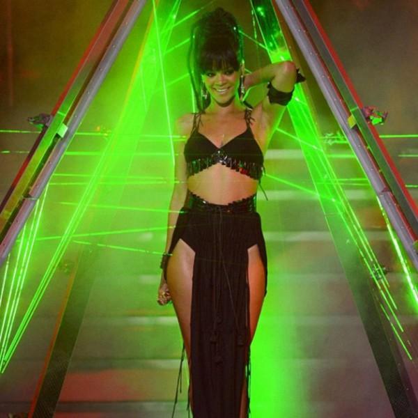 Rihanna w DREDACH