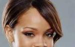 Rihanna zmienia kolor włosów.