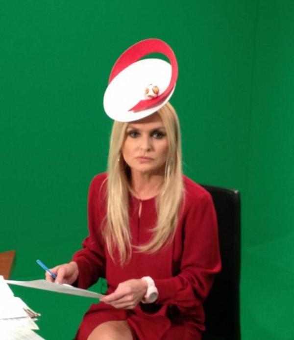 "Monika Olejnik w ""Euro kapeluszu"" HIT!"