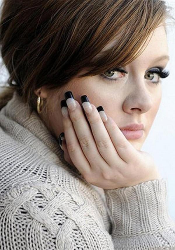 Adele ukrywała ciążę?