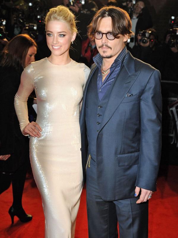 Johnny Depp Z KOCHANKĄ! ZOSTAWIŁ Paradis!