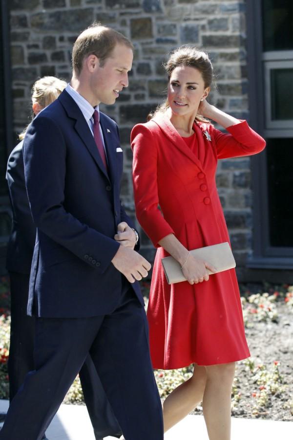 Elżbieta II ZMIENIŁA PRAWO dla swojej prawnuczki!