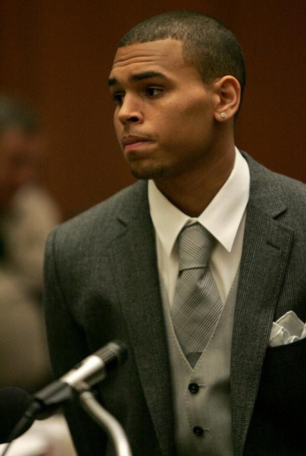 Chris Brown POBIŁ HOMOSEKSUALISTĘ!