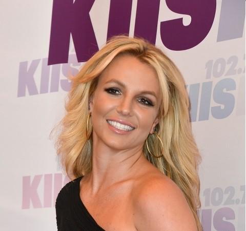 Britney miała OPERACJĘ twarzy!