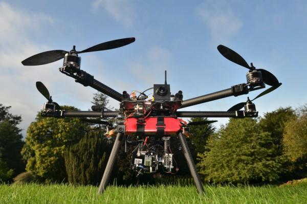 """Tygodnik """"Wprost"""" inwestuje w bezzałogowe drony."""